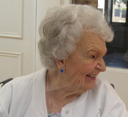 Helen1