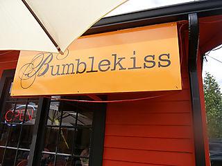 Bumblekiss