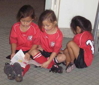 Girlsreading