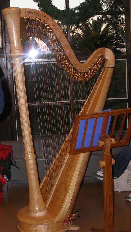 Redondowriter S Sacred Ordinary Harps Remind Me Of Angels